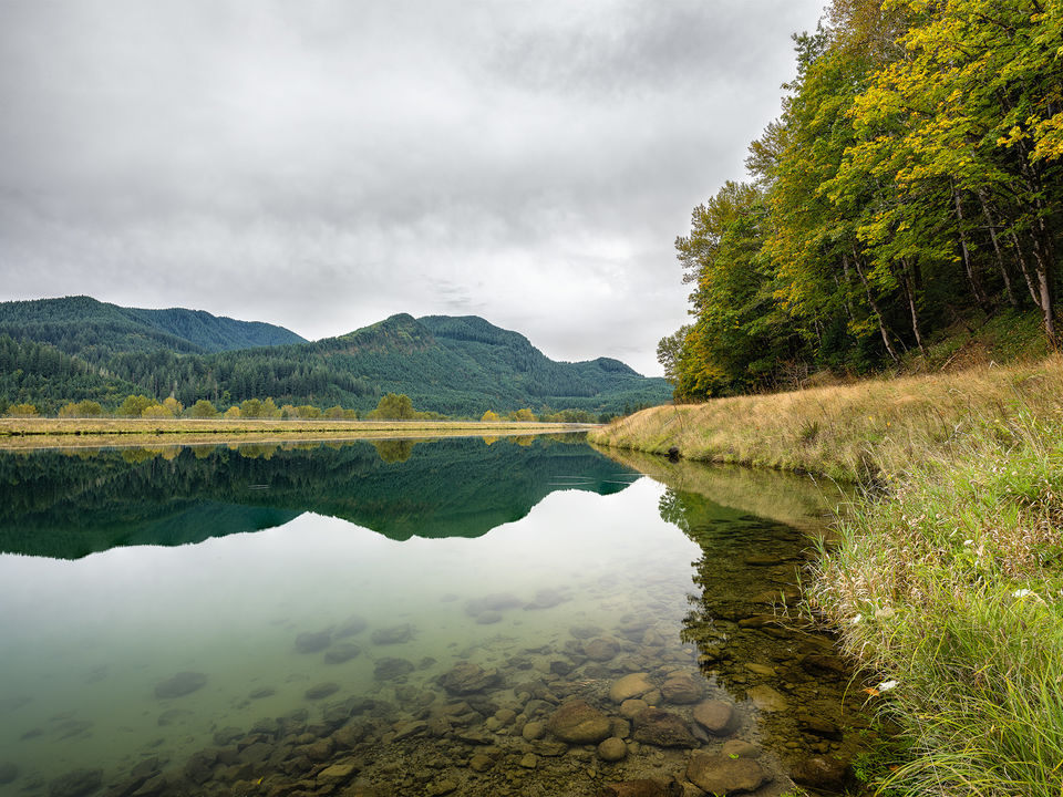 Serenity, Mt St Helens, scene, Pacific, Northwest, crystal clear, lakes, Mountains, trees, rich, green, landscapes, glass-like, reflections,