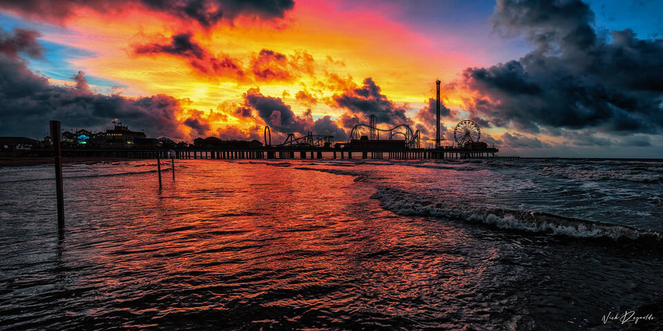 Historic, Pleasure Pier, Pier, Galveston, Texas, Island, Gulf of Mexico, waters, sunrise, sky, morning, Historic, Fine Art, Limited, Edition, tropical, drink, ocean, gulf
